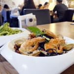 【捷運菜寮站美食】Boboli 波波里創義厨房,義大利麵控的首選,手工 Pizza 滿滿的魚蛋!