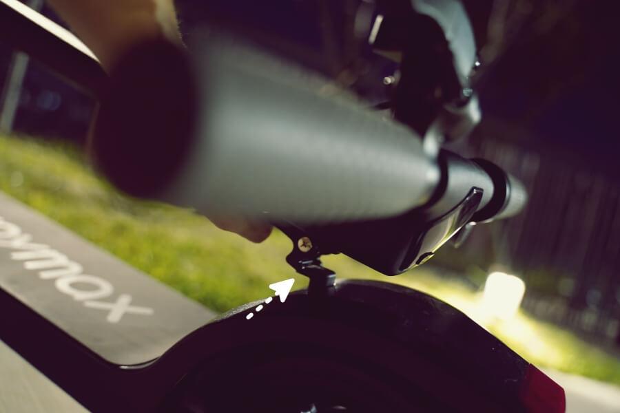 Waymax 摺疊電動滑板車