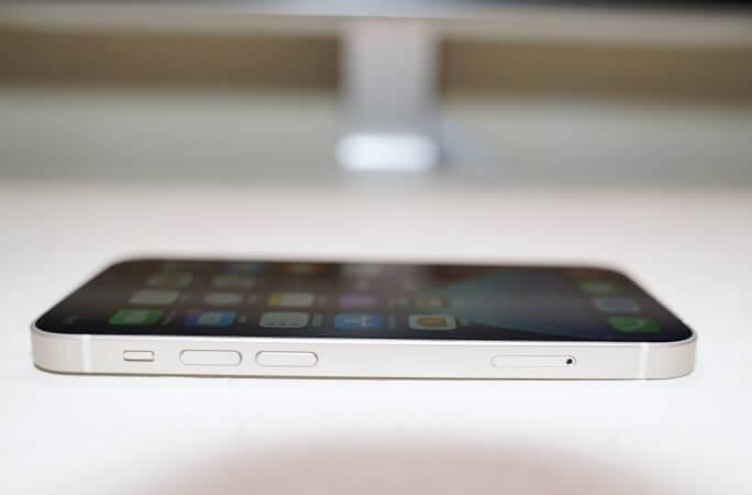 iPhone 12 mini 按鍵